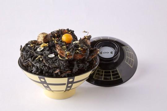 ブラックホールかきあげ丼1,280円(税込)