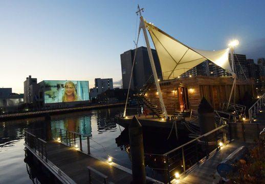 水辺の映画祭